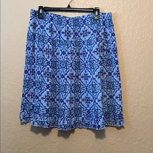 Cute dressbarn blue print skirt